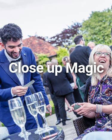 London Close up Magician